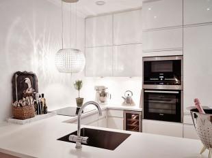 آشپزخانه ساده و شیک